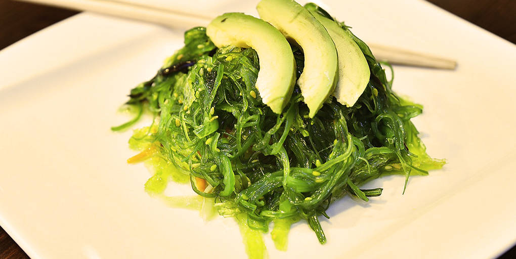 Manger des algues comme le wakamé est bon pour la santé