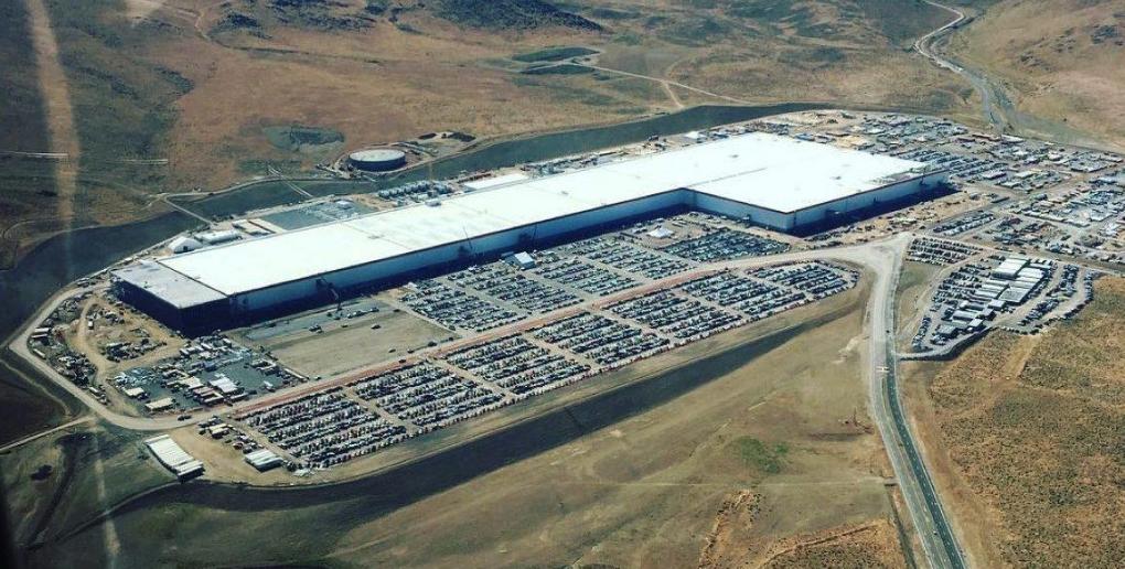 la gigafactory du groupe Tesla