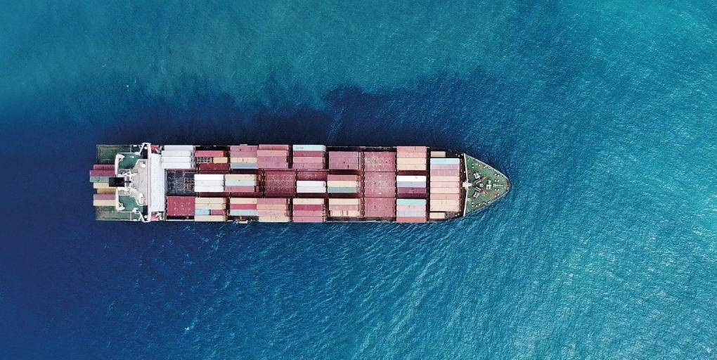 marine marchande optimisant sa route