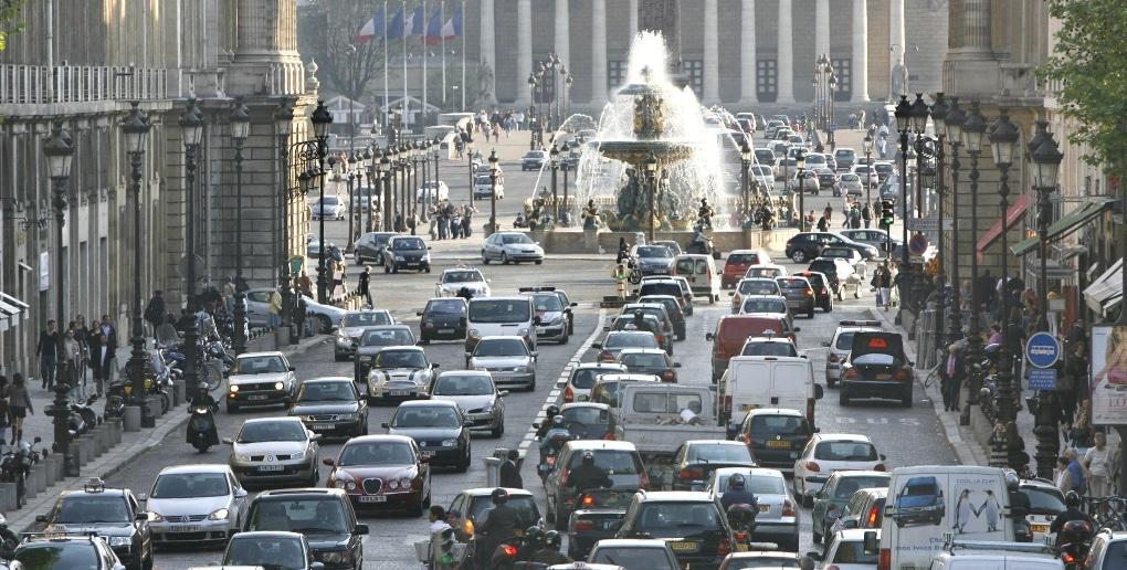 embouteillage de véhicules à Paris