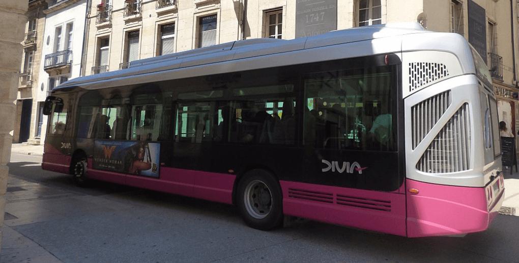 Un bus de la société Divia qui gère les transports à Dijon