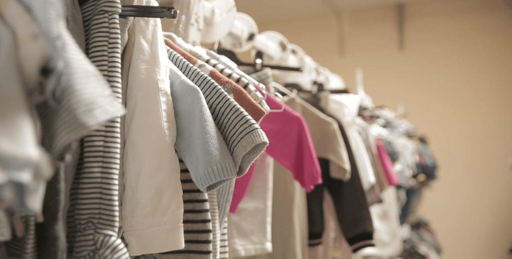 des vêtements pour enfants de seconde main - entrepôt de la marque Il était plusieurs fois
