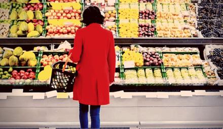 femme achats alimentation