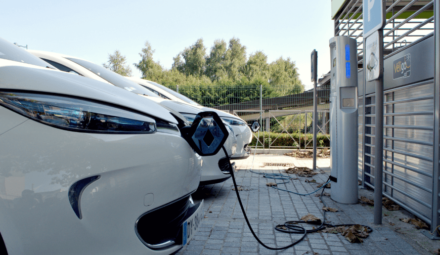 véhicule electrique recharge